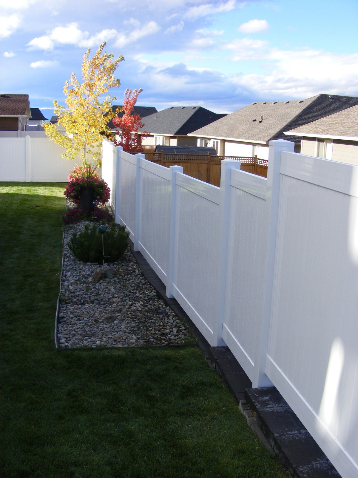 Diy vinyl fence kits for an additional fee r and d construction will measure and provide a layout including a list of materials to be ordered for your fence solutioingenieria Choice Image